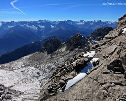 Gefrostet, gezuckert – die Gliegerkarspitze 2.577m in der Hornbachkette – Bergtour