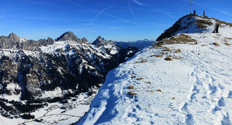 Schneeschuhtour zur Krinnenspitze 2.001m