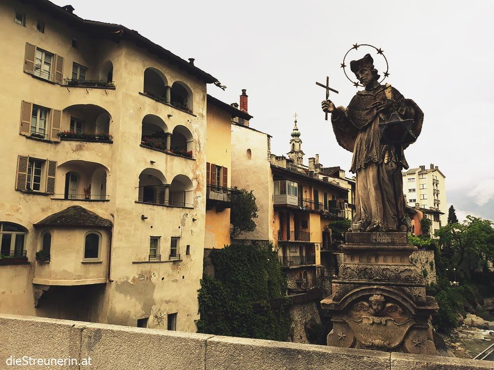 Chiavenna, Norditalien, Lago di Como, Comersee, Nepomuk, Brücke in Chiavenna,